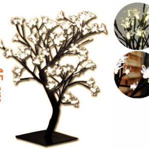 Dekorativní vánoční strom s květy, teple bílý